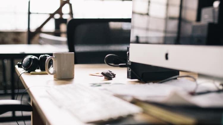 17 Wege, entspannter zu arbeiten