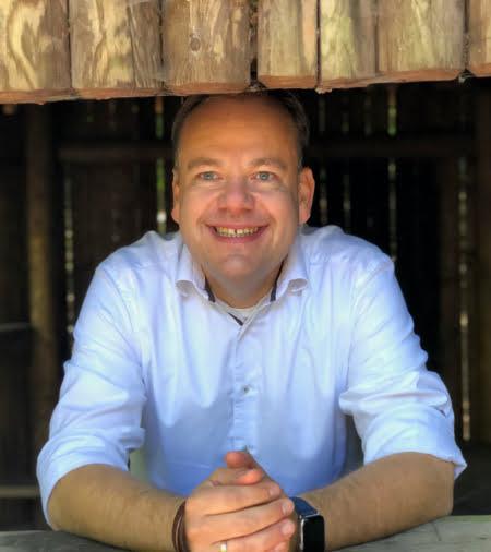 Joerg Roos
